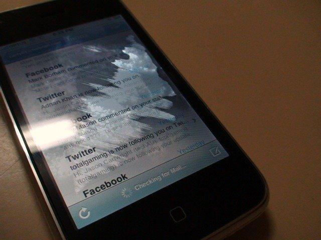Cách khắc phục màn hình iphone 5 bị ố vàng hiệu quả