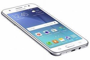 Samsung Galaxy J5 được yêu thích bởi thiết kế đẹp, cấu hình ổn và giá mềm