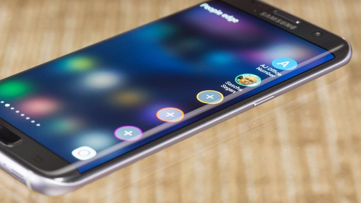 Apple bắt tay với Samsung để sản xuất smartphone mới