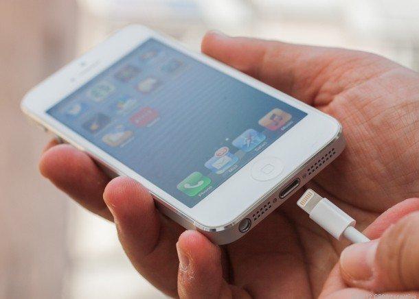 cach-khac-phuc-Pin-iphone-5-bi-chai-pin-hao-pin-1