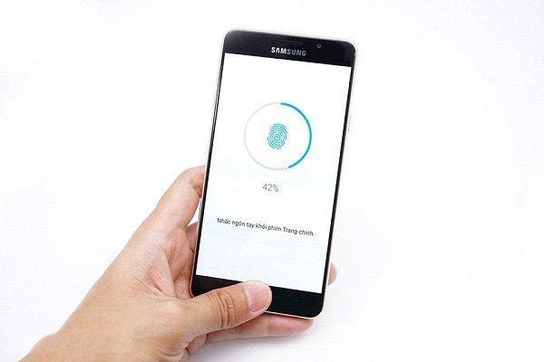 Samsung Galaxy A7 2016 bị lỗi cảm biến vân tay
