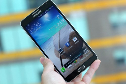 Top 10 smartphone cao cấp đáng mua đang giảm giá kỷ lục