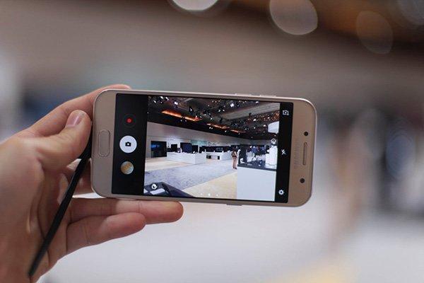 Khắc phục Samsung Galaxy A3 2017 bị hư camera nhanh chóng