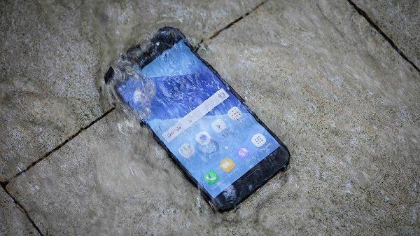 Khắc phục Samsung Galaxy A5 2017 bị vào nước nhanh chóng
