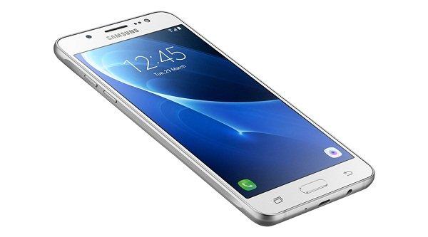 Sửa chữa Samsung Galaxy J5/J5 2016 bị mất đèn màn hình nhanh chóng
