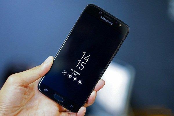 Sửa chữa Samsung Galaxy J7 Pro bị hư ổ cứng nhanh chóng