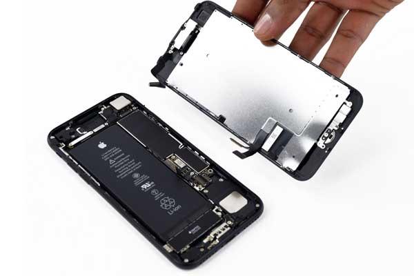 Thay màn hình iPhone 7 chính hãng Apple nhanh chóng