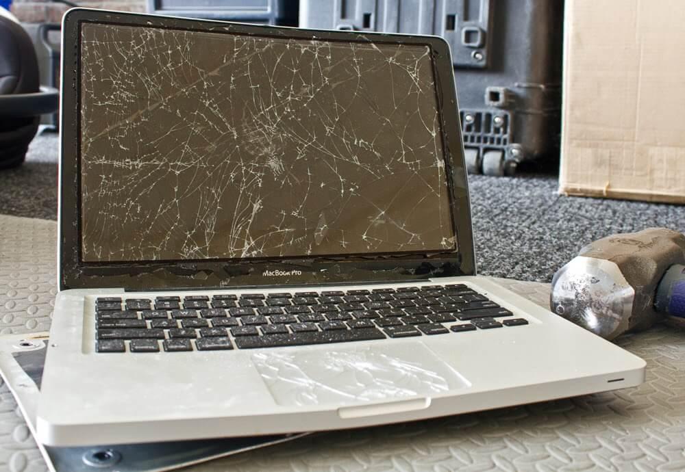 Thay màn hình Macbook Pro