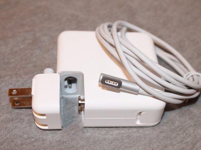 Sạc Macbook không vào điện cần lưu ý những điều sau