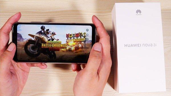 Đánh giá nhanh Huawei Nova 3i: 4 camera, AI khủng, thiết kế lạ mắt 4
