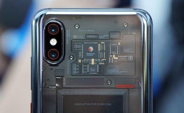Đập hộp chiếc XiaoMi Mi 8: Giống iPhone X, camera đỉnh, giá cực tốt 3