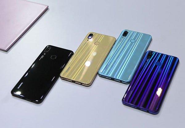 Đập hộp Huawei Nova 3: giá tầm trung, chất lượng flagship 1