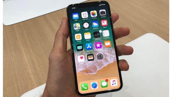 Làm thế nào khi iPhone X bị đơ màn hình? 1