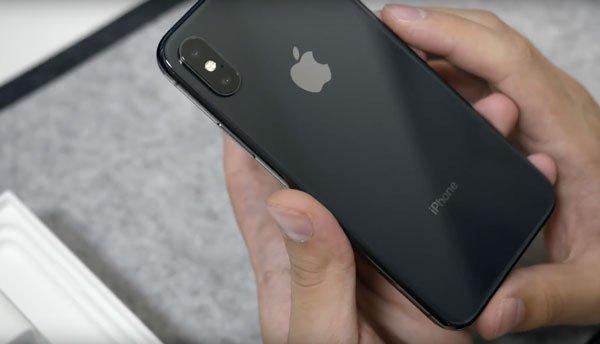 Nguyên nhân và cách khắc phục iPhone X bị tắt nguồn bật không lên 2