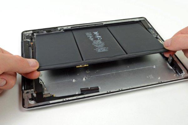Hết bảo hành nên thay pin iPad 4 ở đâu, giá bao nhiêu?