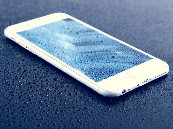10 cách khắc phục iPhone bị dính nước