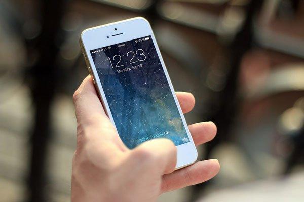 7 cách giúp cha mẹ kiểm soát iPhone của con