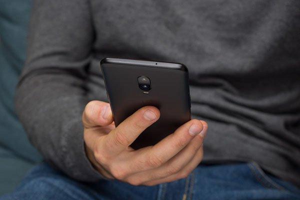 Những việc bạn cần phải làm trước khi quyết định bán lại điện thoại