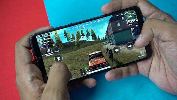 Trên tay Zenfone Max Pro M2: có gì ấn tượng? 4