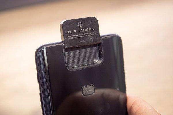 Đánh giá Asus ZenFone 6 22