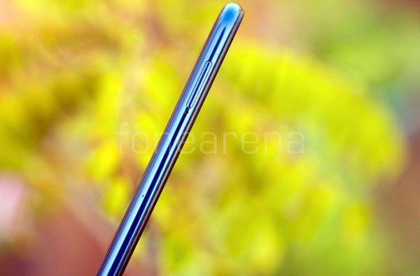 Đánh giá Samsung Galaxy M10: Bước đi bất ngờ 4