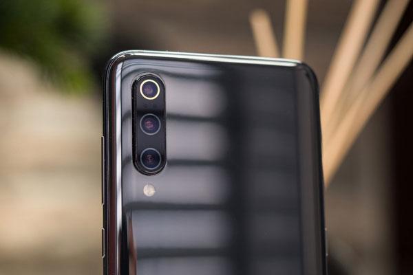 Đánh giá Xiaomi Mi 9 từ thiết kế, màn hình đến hiệu năng 16