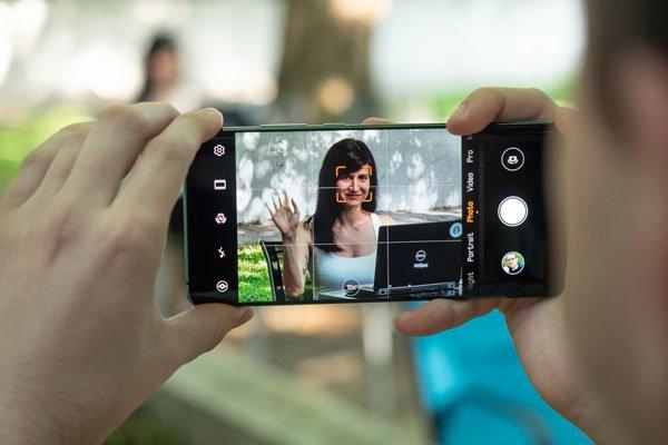 Điện thoại nào zoom đỉnh hơn: Galaxy S10 +, iPhone XS Max hay OnePlus 7 Pro? 1