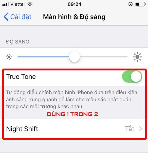 man-hinh-iphone-xs-max-bi-vang1
