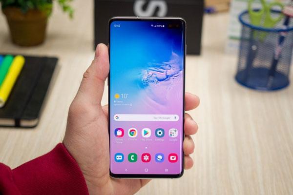 Người dùng iPhone đổ xô chuyển sang Samsung 3