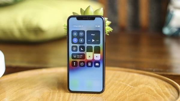 Làm cách nào để khắc phục sự cố hiển thị không phản hồi trên iPhone X?