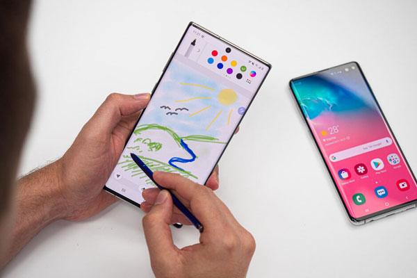 So găng Samsung Galaxy Note 10+ vs Galaxy S10+ hơn nhau điểm nào? 2